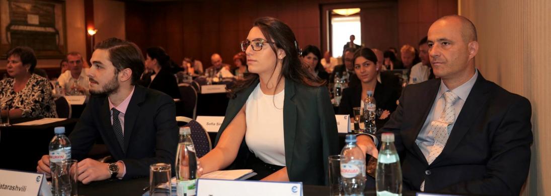 """თბილისში EUROCONTROL-ის """"მარშრუტზე სააერნაოსნო მომსახურების გადასახდელთა სამუშაო ჯგუფის"""" შეხვედრა იმართება"""